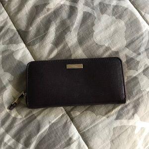 Cole Hann wallet